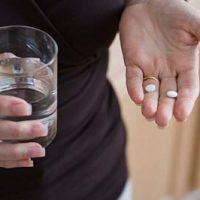 Phá thai bằng thuốc có ảnh hưởng gì không? Nên mua ở đâu