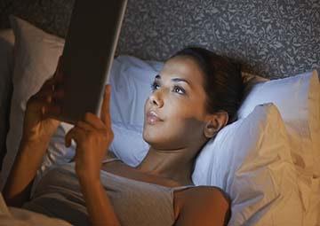 Bệnh phụ khoa dễ gặp phải nếu thức khuya thường xuyên